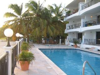 Simpson Bay Beach Condo 8 - Simpson Bay vacation rentals