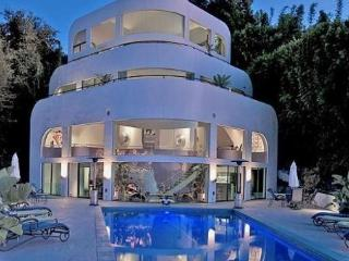 VILLA TITANIC...BEVERLY HILLS SHIP MANSION ESTATE - Beverly Hills vacation rentals