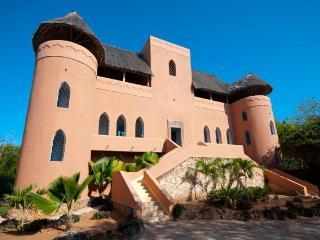 Dhow House Watamu - stylish Lamu-style 5 bed Villa - Watamu vacation rentals