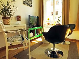 Vacation Apartment in Leipzig - 377 sqft, stylish, central, traditional (# 2878) - Saxony vacation rentals