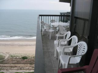 Spectacular 4 bedrooms bilevel Oceanfront - Ocean City vacation rentals