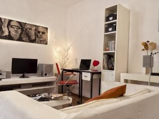 2 Bedroom Apartment Comfort Quality and Good Price - Buenos Aires vacation rentals
