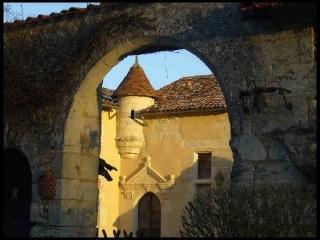 Villa Leguillac villa chateau leguillac perigord dordogne acquataine france - Clugnat vacation rentals