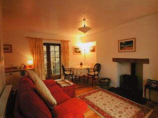 GALABANK COTTAGE, Galashiels, Scottish Borders - Minto vacation rentals