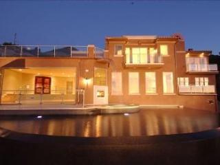 LUXURY MALIBU WINERY ESTATE on 2 ACRES - Calabasas vacation rentals