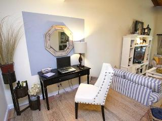 Fort Lauderdale Walk To Beach, In Victoria Park - Fort Lauderdale vacation rentals