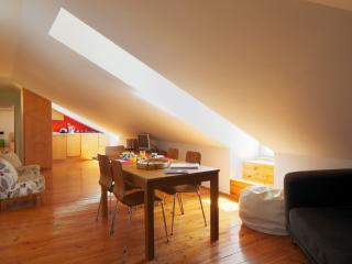 Apartment in Lisbon 51a - Cais do Sodré - Castelo Branco vacation rentals