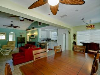 Sea 'Esta - 890 North Shore - Anna Maria vacation rentals
