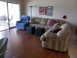 Beautiful Newly Remodeled Condo!! WIFI, Gas Grill - Lake of the Ozarks vacation rentals