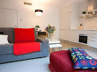 Poblenou Beach - one bedroom with terrace - Barcelona vacation rentals