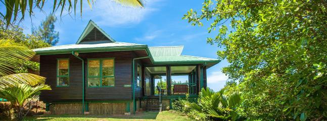 Sunrise Private Lawn 1 - South Point Villas - Sunrise Villa, Seychelles - Cerf Island - rentals