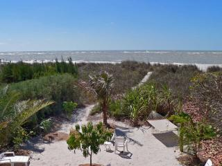 Beachfront House 4br/3ba +++Heated POOL+++SPA++PET - Indian Shores vacation rentals