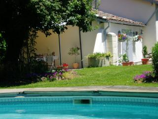 Les Chenes Bed and Breakfast stay in France - Saint Sever vacation rentals