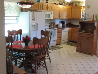 Hisel Valley Retreat - Mc Kee vacation rentals