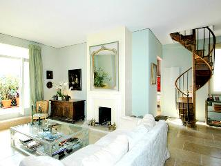 Beautiful Penthouse Paris Trocadero 130m2 5 sleeps - Paris vacation rentals