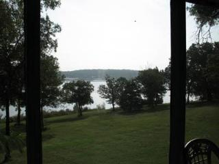 Lakefront Unit  #15  - Green Valley Resort - Branson West vacation rentals