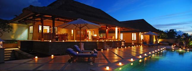 Night View - Luxurious 4BR Villa Fantastic Ocean View, Jimbaran - Jimbaran - rentals