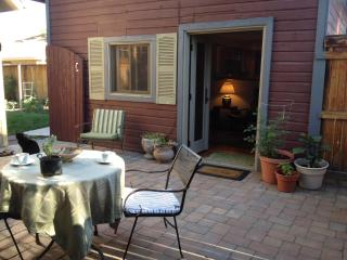 Charming, Carriage House w/private courtyard - Denver Metro Area vacation rentals