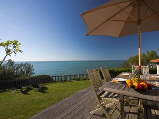 Award-winning Oceanfront 2 Bedroom Villa - Bidart vacation rentals
