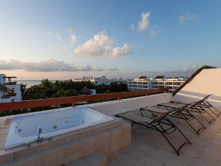 Monarch by the Sea (6300) - Duplex Penthouse, Rooftop Jacuzzi, Awesome Ocean Views - Cozumel vacation rentals