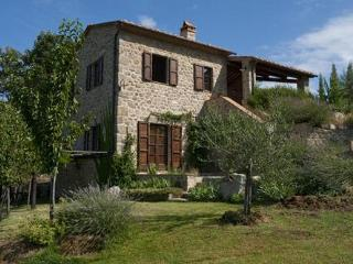 Time in Tuscany - The Villas at Podernuovo - Santa Fiora vacation rentals