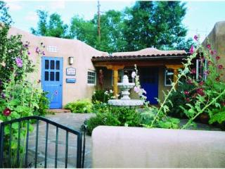 Beautiful Renovated Taos Adobe on Ledoux St - Taos vacation rentals