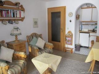 Vacation Apartment in Oberstdorf - 377 sqft, ruhig, bequem (# 2980) - Oberstdorf vacation rentals