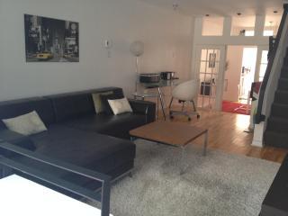 Superb Cottage Mile-End Plateau Mont-Royal! - Montreal vacation rentals