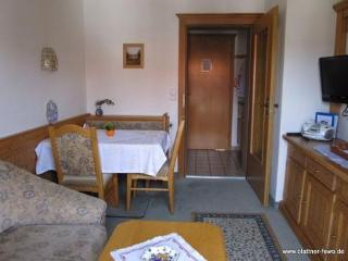 Vacation Apartment in Oberstdorf - 388 sqft, central, WiFi (# 2987) - Oberstdorf vacation rentals