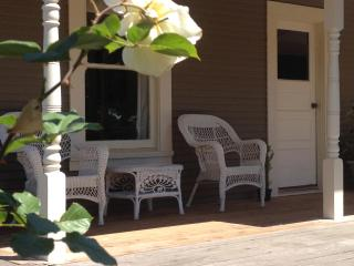 Charming 1940's Sonoma Cottage On 2 Acre Vineyard - Sonoma vacation rentals