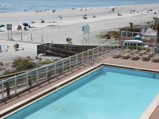 DIRECT OCEANFRONT 3BED 3BATH Daytona Beach SHORES - Florida Central Atlantic Coast vacation rentals