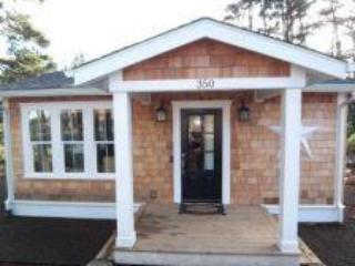 Cozy Beach Bungalow, Steps to Beach, Hot Tub, King Bed - Oregon Coast vacation rentals