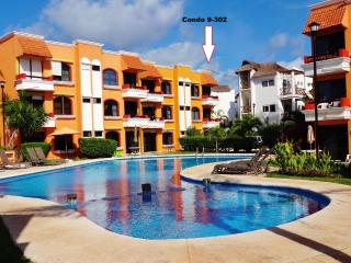 Beachfront Condo-Best Beach in Pto Morelos - Puerto Morelos vacation rentals