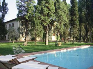 Villa L'Arco Tuscan Vacation Rental - Fucecchio vacation rentals