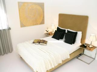 SERVICED & STYLED JUNIOR APARTMENT WEHNTALERSTR - Zurich vacation rentals
