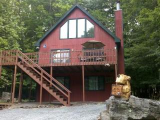 Hideout Poconos Rental One Block from Beach,Ski - Lake Ariel vacation rentals