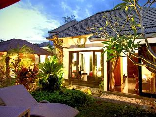 5 bedroom villa Seminyak near Bintang Supermarket - Seminyak vacation rentals