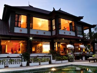 Huge 5 bed spa villa - G8 views/ b'fast + BBQ incl - Jimbaran vacation rentals