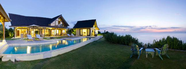 Casa Del Mar - dramatic cliff-front luxury - Image 1 - Nusa Lembongan - rentals