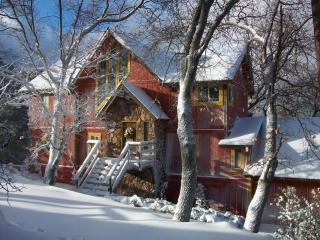 Yellowstone Lodge - Classic Arrowhead Retreat - Lake Arrowhead vacation rentals