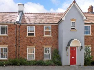 SUNRISE, close to beaches, with fantastic on-site facilities and communal gardens, near Filey, Ref 17414 - Filey vacation rentals