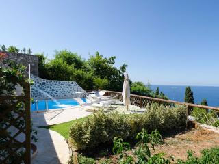 Amalfi Coast Apartment with Pool for Two Couples in Town - Greco - Praiano vacation rentals