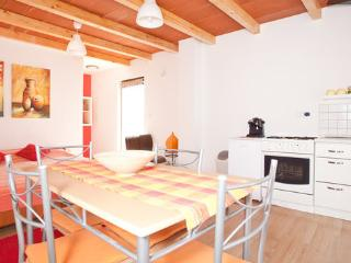 apartment Paola Medulin with two bike gratis - Liznjan vacation rentals