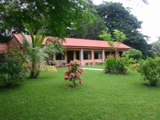 Costa Rica - Lake Arenal - Nice Cabin for rent - Washington vacation rentals