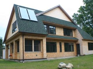 Green Leaf Cottage - Monson vacation rentals
