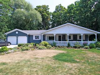 Sands Edge cottage (#726) - Kincardine vacation rentals