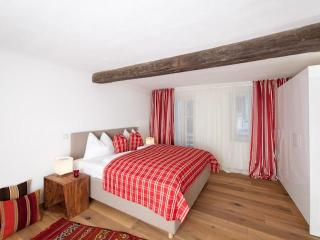 Wolf-Dietrich Superior Apartment in Old Town of Salzburg - Sankt Gilgen vacation rentals