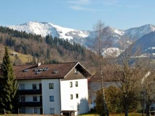 LLAG Luxury Vacation Apartment in Oberstaufen - modern, warm, comfortable (# 3034) - Oberstaufen vacation rentals