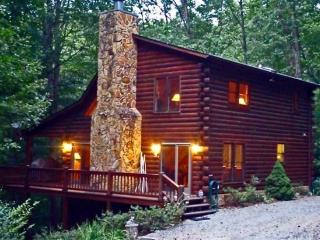 Laurel Creek - A gorgeous three story cabin rental near Mineral Bluff and Blue Ridge, GA - Blue Ridge vacation rentals