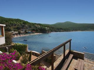 Villa The Boat Waterfront Villa in Elba Biodola - Labico vacation rentals